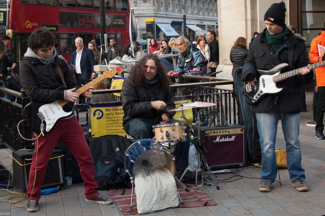 Buskers at Oxford Circus 19 Nov 2014 (1 of 1)