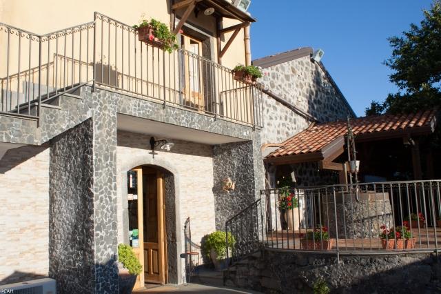Hotel ai Vecchi Crateri Sant'Alfio (1 of 1)