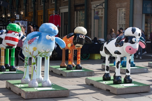 Sheep installation Covent Garden 28 Sept 2015 (1 of 1)