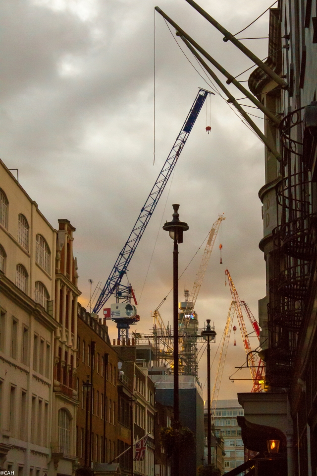 Cranes from Soho 9 Apr 2016-1