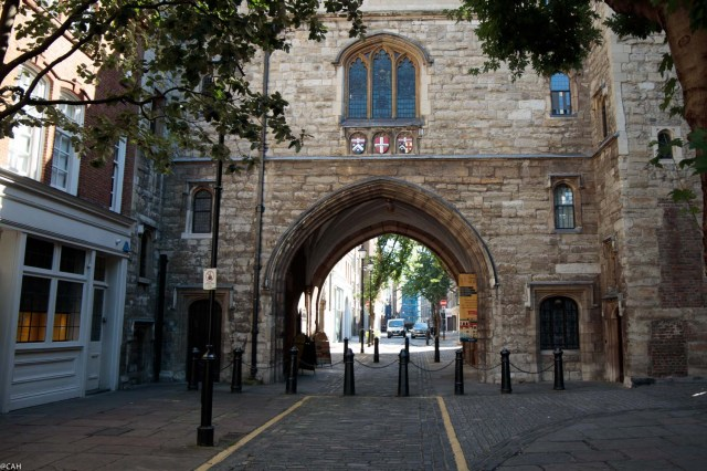 gate-2-st-johns-garden-london-11-sept-2016-1