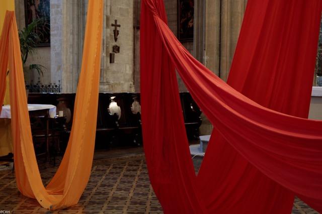 hangings-basilica-of-st-michael-bordeaux-26-sep-2016-1