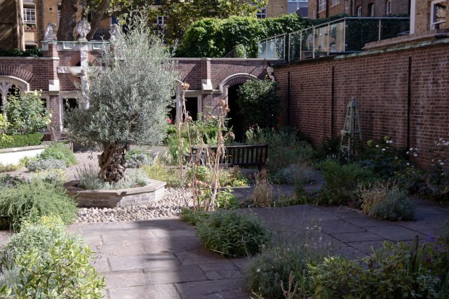 st-johns-garden-london-11-sept-2016-1